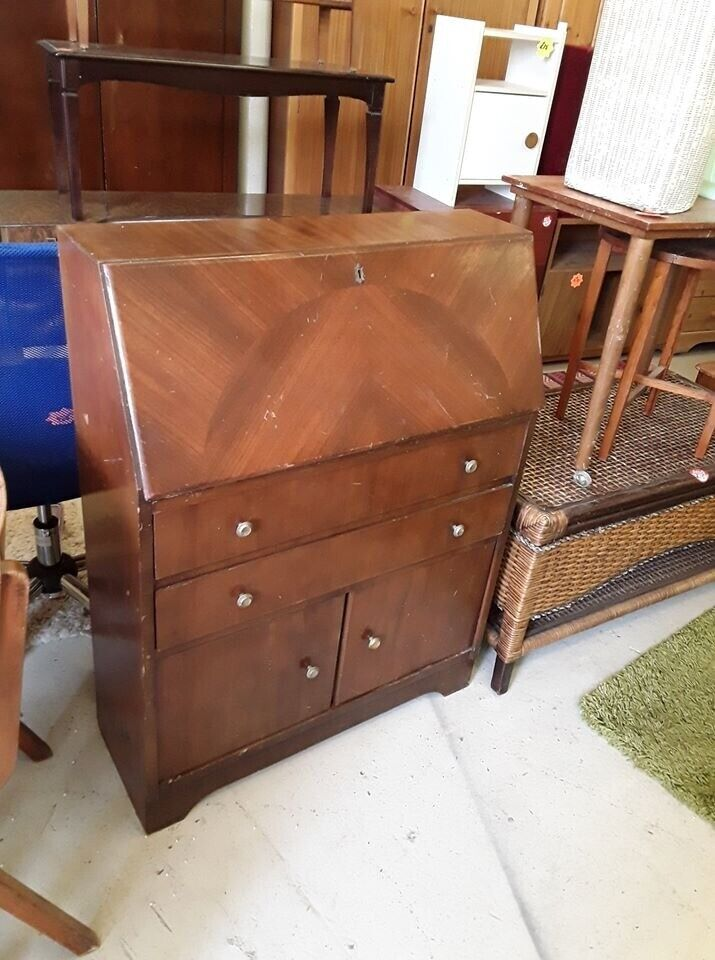 2e Hands Hoekbureau.Vintage Mahogany Bureau Copley Mill Low Cost Moves 2nd Hand