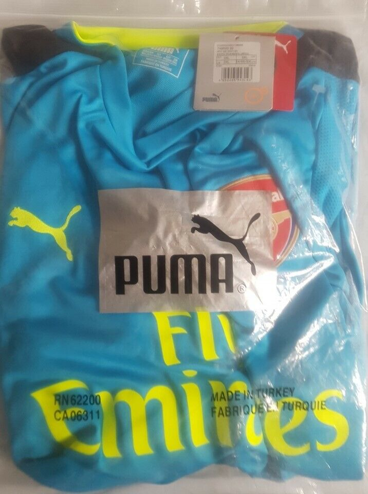 brand new 0a04b aac1b Arsenal Puma 2016/17 Goalkeeper Blue 3XL BNWT Short Sleeves | in  Kennington, Kent | Gumtree