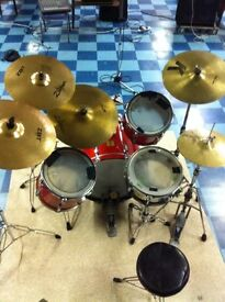Yamaha Power 5 Drumkit, including Cymbals, stands, and accessories