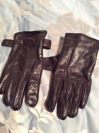 Men's Boss brown leather gloves