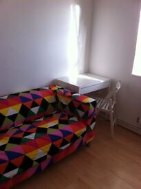 Lovely large room available for immediate rent ALL BILLS INCLUDED