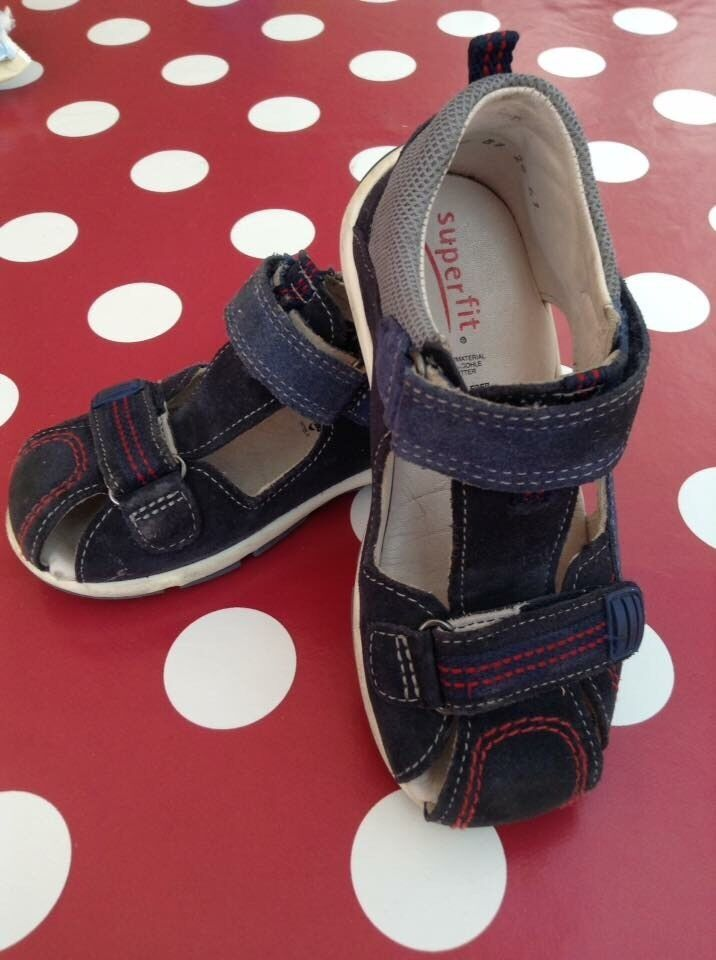 Superfit blue leather sandal boy, size 26in Earlsfield, LondonGumtree - Superfit sandal size 26, leather. Excellent 2 point adjustable straps and ergonomic shoe for little feet running around. Good condition. Whatsapp please