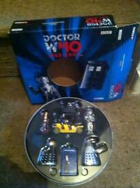 CORGI DR WHO DIE CAST SET IN METAL TIN WITH BOX