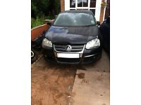 Volkswagen Jetta 2.0 TDI 2006 6 Speed Manual  ---Breaking Wheel Bolt