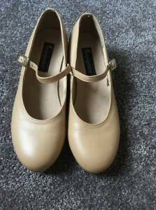 Energetiks Tan Leather Tap Shoes size 8 (Womens)