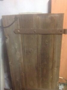 Vintage farm gate Calwell Tuggeranong Preview