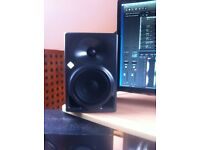 Neuman KH120 Studio Monitors