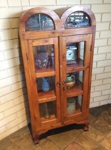 Lockable china cabinet Bassendean Bassendean Area Preview