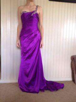 Beautiful formal dress Childers Bundaberg Surrounds Preview