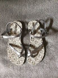Ipanema sandals size 13 Brand new