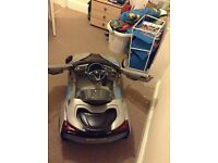 Kids BMW electric car