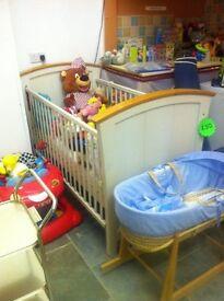 LOOK LOOK LOOK babies cot