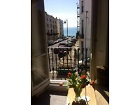 Huge Double Bedroom in period property with sea view and single parking for short stay