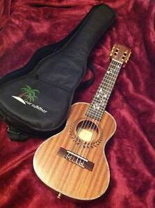 Kasch Guitalele with bag - rarely used... near new! Dover Heights Eastern Suburbs Preview