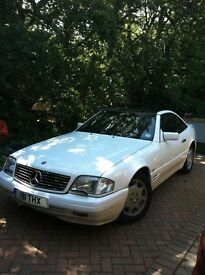 Mercedes 320 SL Convertable, Excellent Condition, Piano Black Glass hard Top, Navy Soft Top