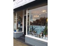 LARGE SHOP AND 2 BED FLAT FOR SALE CLEETHORPES