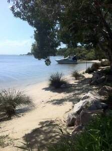 YOUR OWN PRIVATE RESORT STYLE LIVING ABSOLUTE WATERFRONT HOME Macleay Island Redland Area Preview