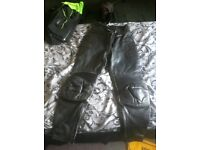 ladies size 10 leather trousers