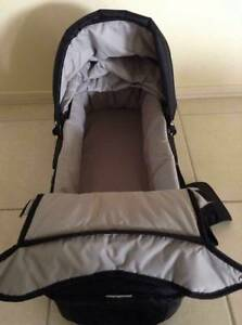BABY JOGGER BASSINETTE Mill Park Whittlesea Area Preview