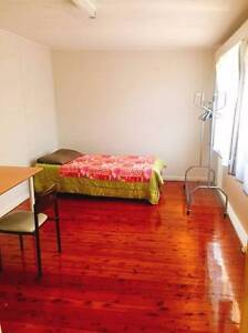 Room for Couple$300 / shared $130 each person Chatswood West Willoughby Area Preview