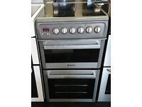*744 silver hotpoint 50cm ceramic electric cooker comes with warranty can be delivered or collected