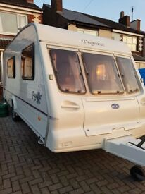 Bailey Pageant Champagne 4 Berth 2002 with Motor Mover