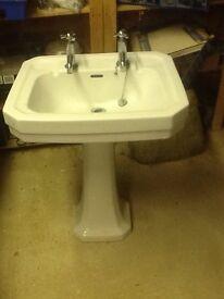 Vintage style ceramic washbasin