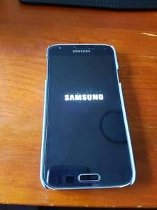 Samsung Galaxy S5 willing to swap for an iPhone Reynella Morphett Vale Area Preview