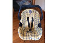 Mothercare Baby Car Seat - 0 to 12+ months