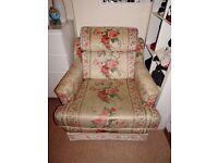 Comfortable armchair + footrest