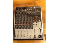 Behringer XENYX1204 USB mixer and 2 SE2000 microphones