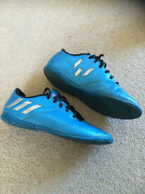 messi footbal boots size2