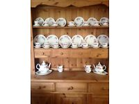 Royal Albert tea set 'Lavender rose' 50+ pieces