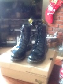 Size 8 patent black Doctor Marten Boots