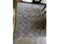 Rug - berber look, grey 4x6 - cleaned