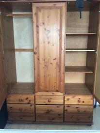 Wardrobe - very spacious and very good condition