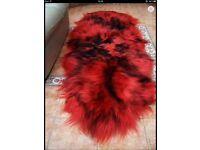 Black/red sheepskin rug