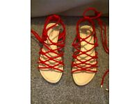 high leg sandals, red, size 4