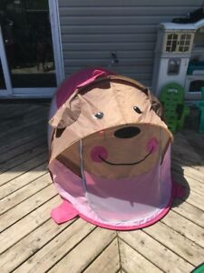 Monkey pop up tent