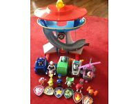 Paw Patrol bundle - Lookout with vehicles and moveable figures