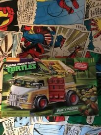 Brand new turtles party bus