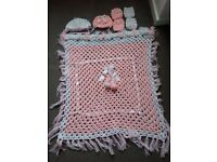 Baby girl knitted blanket, 2 hats and 4 mittens set