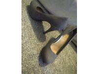 Grey high heels size 4