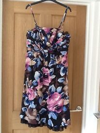 dress (suitable for party, wedding or prom)