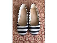 New Look used flat shoes size 5