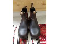 Brown Leather Blundstone Boots UK Size 6.5