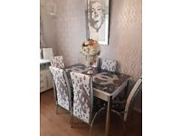 HIGH GLOSS EXTENDABLE DINING TABLE WITH 6 CHAIRS NOW AVAILABLE