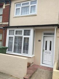 Beautiful Presented 2 Double bedroom house in Aylesbury Rd , Copnor, Portsmouth.
