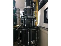 Tama Rockstar Drum-kit - W/ cases - Barely ever used - Never Gigged.