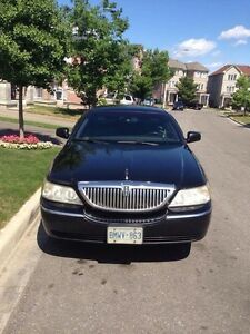 2006 Lincoln Town Car Signature GREAT CONDITION